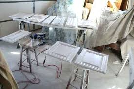 spray paint kitchen cabinets white spray paint kitchen cabinets