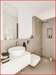 Kleines Badezimmer Latest Kleines Bad Farblich Gestalten Bad Genial