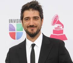 El cantante Antonio Orozco, nuevo coach de La Voz, ocupará junto a David Bisbal, Malú y Rosario Flores uno de los sillones reservados para los líderes de ... - antonio-orozco
