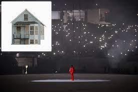 Kanye West rebuilding childhood home ...