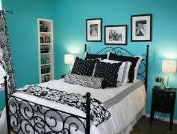 Teen Girls turquoise, black & white bedroom http://media-cache7 .