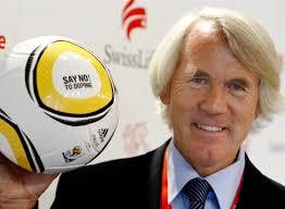 «Keine einzige Substanz macht einen Lionel Messi». Jirí Dvorák: «Die Spieler unterstützen den Weg im Interesse eines dopingfreien Fussballs.» - keine-einzige-substanz-macht-einen-lionel-messi-126790276