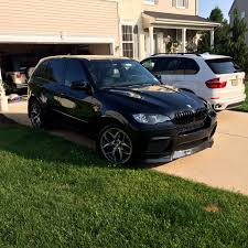 x5m which tires?