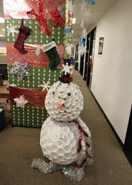 christmas decorating ideas for office. Brilliant Decorating The Office Holiday Pole Decorating Contest And Christmas Decorating Ideas For Office M
