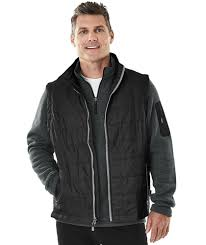 9535 | Men's Radius Quilted Vest & 9535-MODEL-BLACK Adamdwight.com