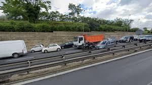 Blocco del traffico, si torna a circolare a Roma, Milano e ...