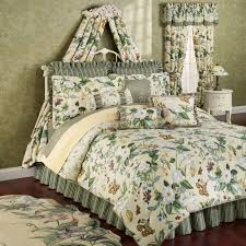 floral comforters  touch of class