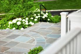 stone patio installation: flagstone patio installation in concrete base