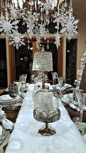 Loveable outdoor christmas table settings ideas 58