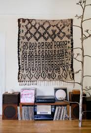 hang rug wall art