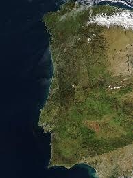 Il retroterra montuoso è il paese delle serras, dorsali montani tra le quali spicca la serra de estrela (1991 m). Geografia Del Portogallo Wikipedia