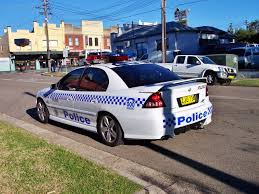 File:2004 Holden VY Series II Commodore SS - NSW Police ...