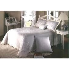 astounding Wonderful Extra Large King Size Bedspreads Home Design ... & Wonderful Extra Large King Size Bedspreads Home Design Ideas Interior  Comforters Silk Coverlets Quilts Bedding Full Adamdwight.com