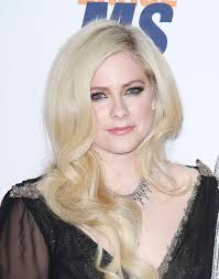 photo avril lavigne arrives to the 25th annual race to erase ms gala held at