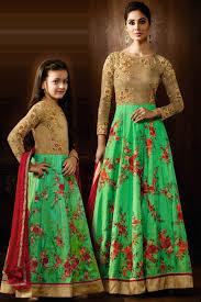Designer Dresses For Mother And Daughter Similar Outfits For Mom And Daugter Designer Floral