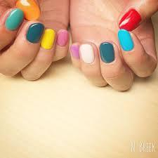 中指合わせの9色カラー 色選びが大切です カラフルは塗るだけで可愛い