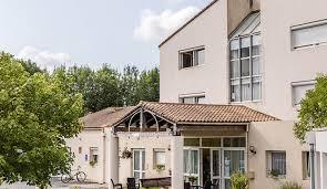 maison de retraite médicalisée les jardins de loulay domusvi