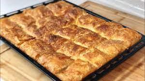 5 Dakikada Tepsi Böreği 💯İster Fırına At İster Buzluğa 👍 Puf Puf Efsane  Börek👉🏻Seval Mutfakta - YouTube