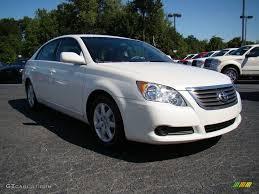 Blizzard White Pearl Toyota Avalon  GTcarlot.com