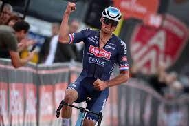Mathieu van der Poel focussed on Paris-Roubaix, but coach holds his World  Championships place