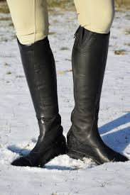 it was a welcome surprise when i learned that the monaco stretch boots also boast a similar oiled calf leather inner that provides that same terrific grip