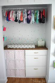 it s pretty simple to customize this diy built in closet is a closetmaid it s pretty simple to customize