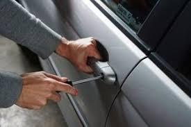 За викрадення автомобіля засуджено раніше вже судимого мешканця Старобільська