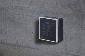 RFID access reader for surface and flush mounting - PCS