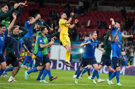 Italy Win Penalty Shootout vs Spain to ...