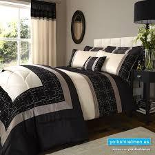 geo embellished king duvet set black
