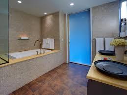 Choosing Bathroom Fixtures | HGTV