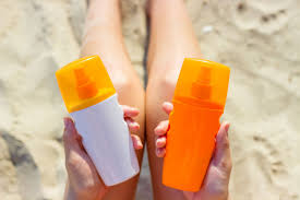 The Difference Between Sunscreen and Sunblock