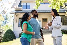 We looked at some of the best companies, comparing customer reviews, prices, service contracts, and service agreements. Best Homeowners Insurance Companies Bankrate