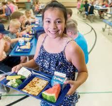 how pride of dakota s are feeding local students