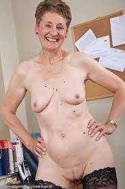 Naked 60 Year Old Nude Women Nupics Pro