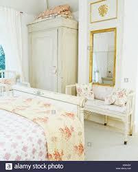 Vergoldeter Spiegel Oben Lackiert Holz Siedeln In Schlafzimmer Mit