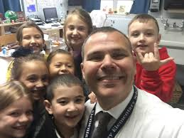 "James Tansey School on Twitter: ""Principal's Lunch Bunch @frpsinfo  @mr_audette @edaniel105 #tanseytigers #teamtansey #tanseycares  #selfieswiththeprincipal… https://t.co/mXjTtCwPhU"""
