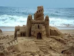 Resultado de imagen para castillos de arena
