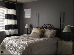 Best 25 Gray Living Rooms Ideas On Pinterest  Gray Couch Decor Small Living Room Color Schemes