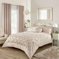 Lilac Bedroom Accessories Champagne Dream Let Your Love For Champagne Inspire Your Bedroom