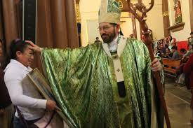 Resultado de imagen para Arzobispo de Xalapa critica a mujeres que visten 'como varoncitos'