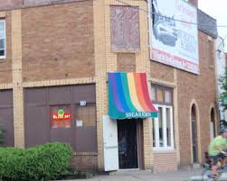 St catherines ont gay bar