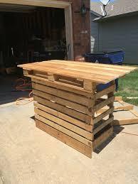 pinterest pallet furniture. Salon Ideas, Pallet Furniture, Pallets, Condos, Pinterest Boards, Wood Pallet, Color Palettes Furniture