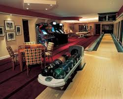 Home game room Poker Home Bowling Alley With Arcade Games The Homesource 20 Of The Coolest Home Game Room Ideas