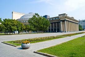 Жилой дом и двор <b>Гулливер</b> - Новосибирск
