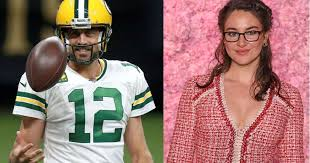 For us it's not new news, so it's kind of funny everybody right now is freaking out over it, the actress said during an appearance on the tonight. Aaron Rodgers Girlfriend Is Packers Qb Dating Shailene Woodley