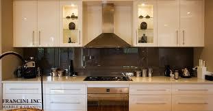 using your quartz countertop for backsplash
