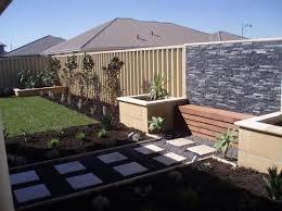 Backyard design ideas and photos