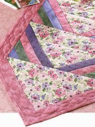Free Quilt Patterns for Table Runners & Decor - Spring Flower Runner &  Adamdwight.com