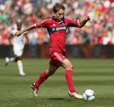 fire s mike magee will be getting a raise tribunedigital mike magee of the chicago fire during a game in 2013